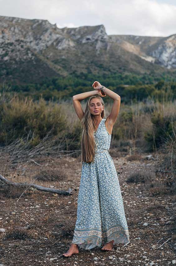 Büchel nackt alica Spiritual Woman